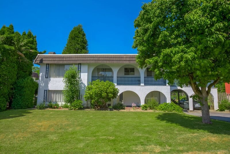 Detached at 5745 FOREST STREET, Burnaby South, British Columbia. Image 1
