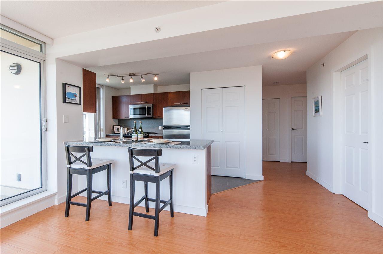 Condo Apartment at 1112 9171 FERNDALE ROAD, Unit 1112, Richmond, British Columbia. Image 8