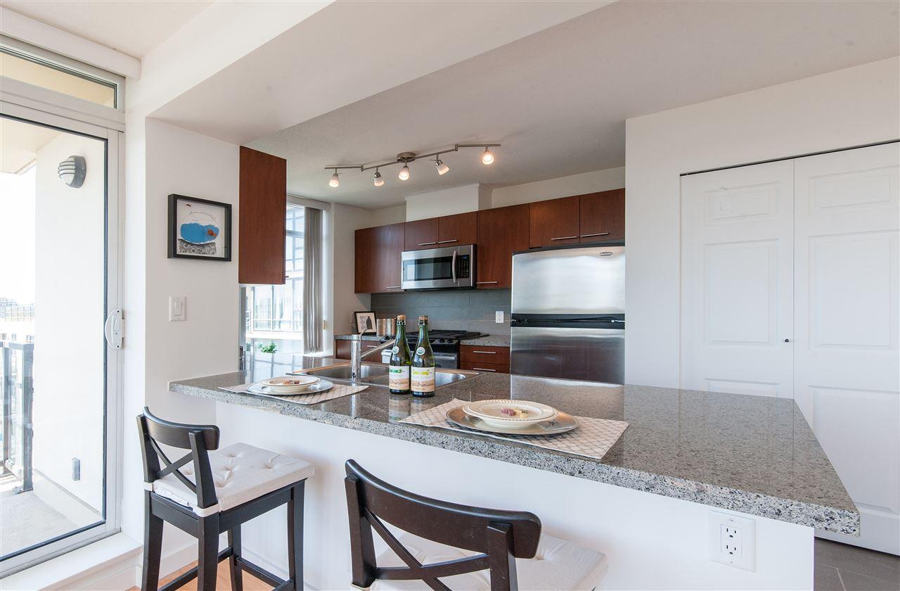 Condo Apartment at 1112 9171 FERNDALE ROAD, Unit 1112, Richmond, British Columbia. Image 9