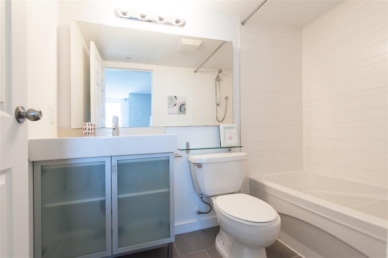Condo Apartment at 1112 9171 FERNDALE ROAD, Unit 1112, Richmond, British Columbia. Image 19