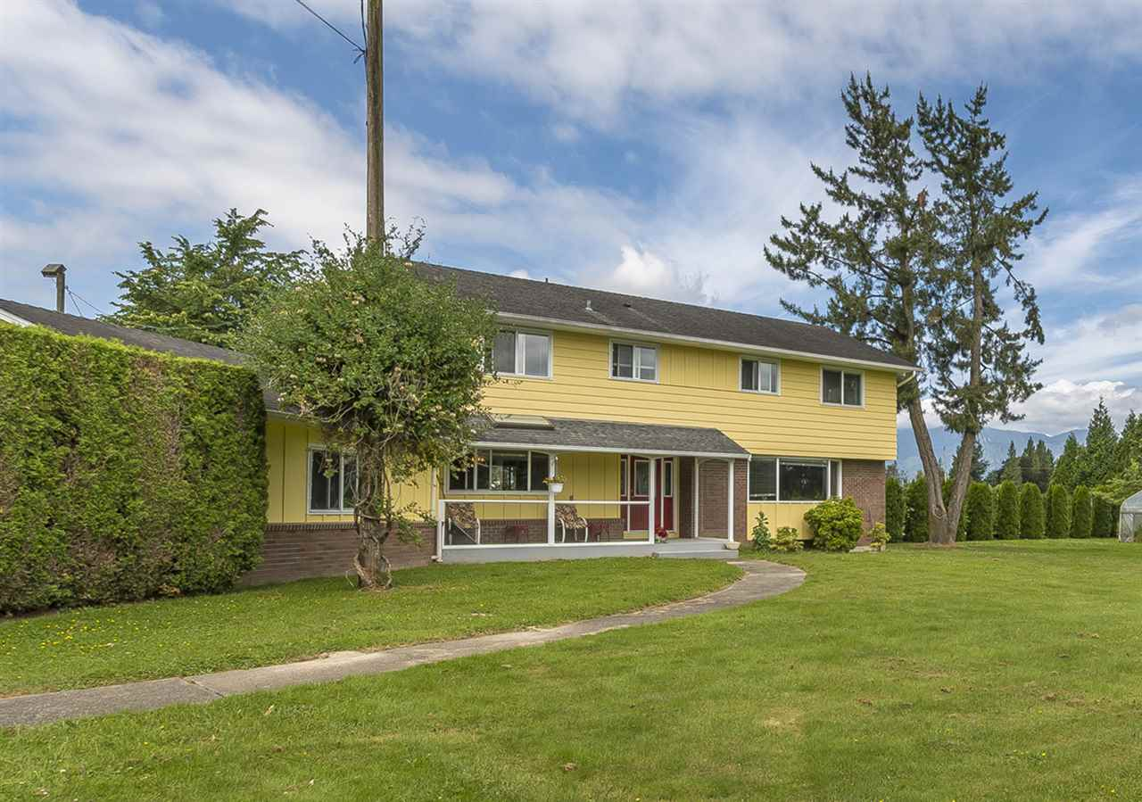 Detached at 10635 REEVES ROAD, Chilliwack, British Columbia. Image 1