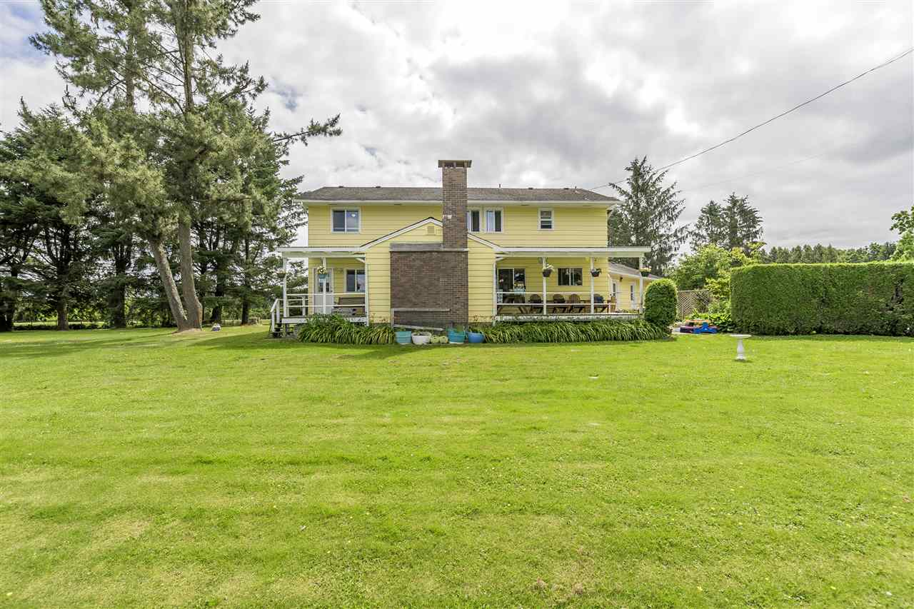 Detached at 10635 REEVES ROAD, Chilliwack, British Columbia. Image 3