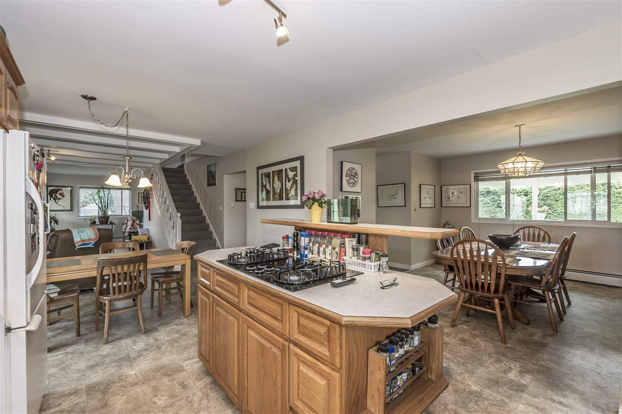 Detached at 10635 REEVES ROAD, Chilliwack, British Columbia. Image 10