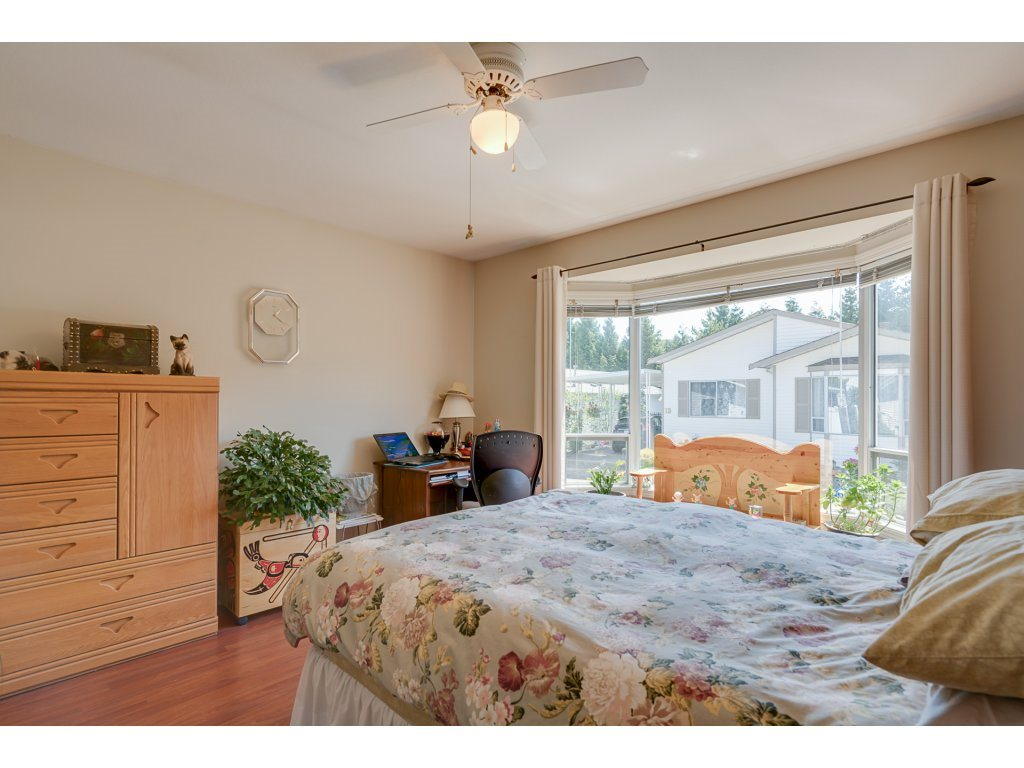 Detached at 2 8078 KING GEORGE BOULEVARD, Unit 2, Surrey, British Columbia. Image 17