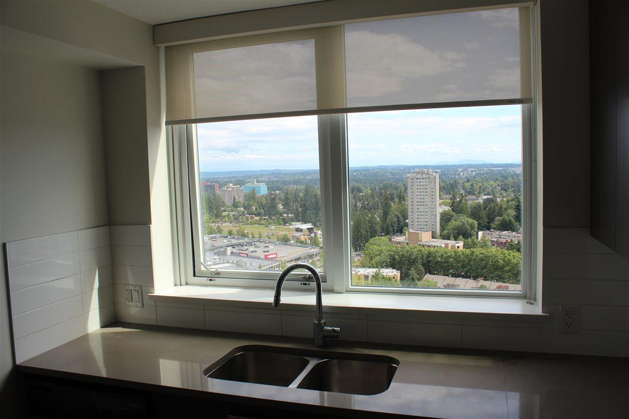 Condo Apartment at 2809 13325 102A AVENUE, Unit 2809, North Surrey, British Columbia. Image 6
