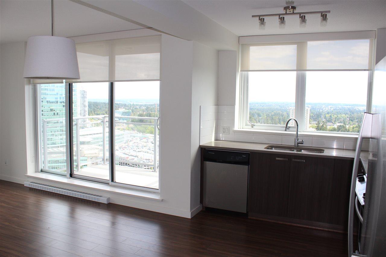 Condo Apartment at 2809 13325 102A AVENUE, Unit 2809, North Surrey, British Columbia. Image 7