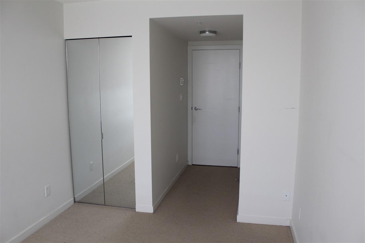 Condo Apartment at 2809 13325 102A AVENUE, Unit 2809, North Surrey, British Columbia. Image 11