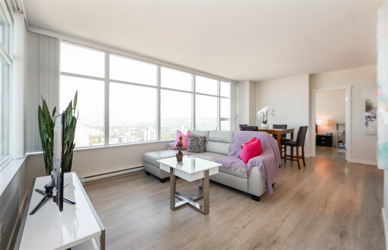 Condo Apartment at 2502 4880 BENNETT STREET, Unit 2502, Burnaby South, British Columbia. Image 1