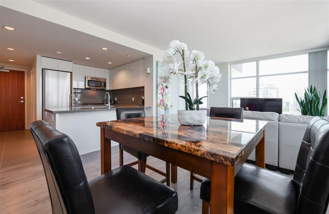 Condo Apartment at 2502 4880 BENNETT STREET, Unit 2502, Burnaby South, British Columbia. Image 5