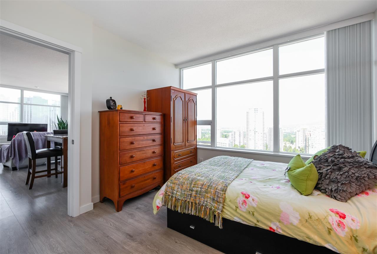 Condo Apartment at 2502 4880 BENNETT STREET, Unit 2502, Burnaby South, British Columbia. Image 11