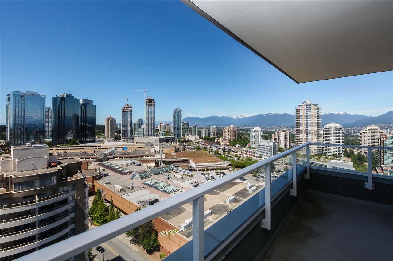 Condo Apartment at 2502 4880 BENNETT STREET, Unit 2502, Burnaby South, British Columbia. Image 17