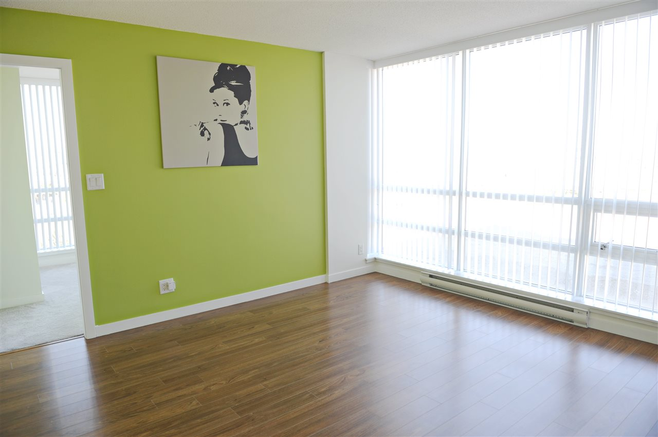 Condo Apartment at 904 3111 CORVETTE WAY, Unit 904, Richmond, British Columbia. Image 3