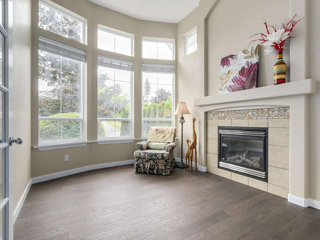 Detached at 3569 ROSEMARY HEIGHTS CRESCENT, South Surrey White Rock, British Columbia. Image 2