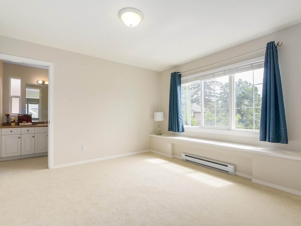Detached at 3569 ROSEMARY HEIGHTS CRESCENT, South Surrey White Rock, British Columbia. Image 14