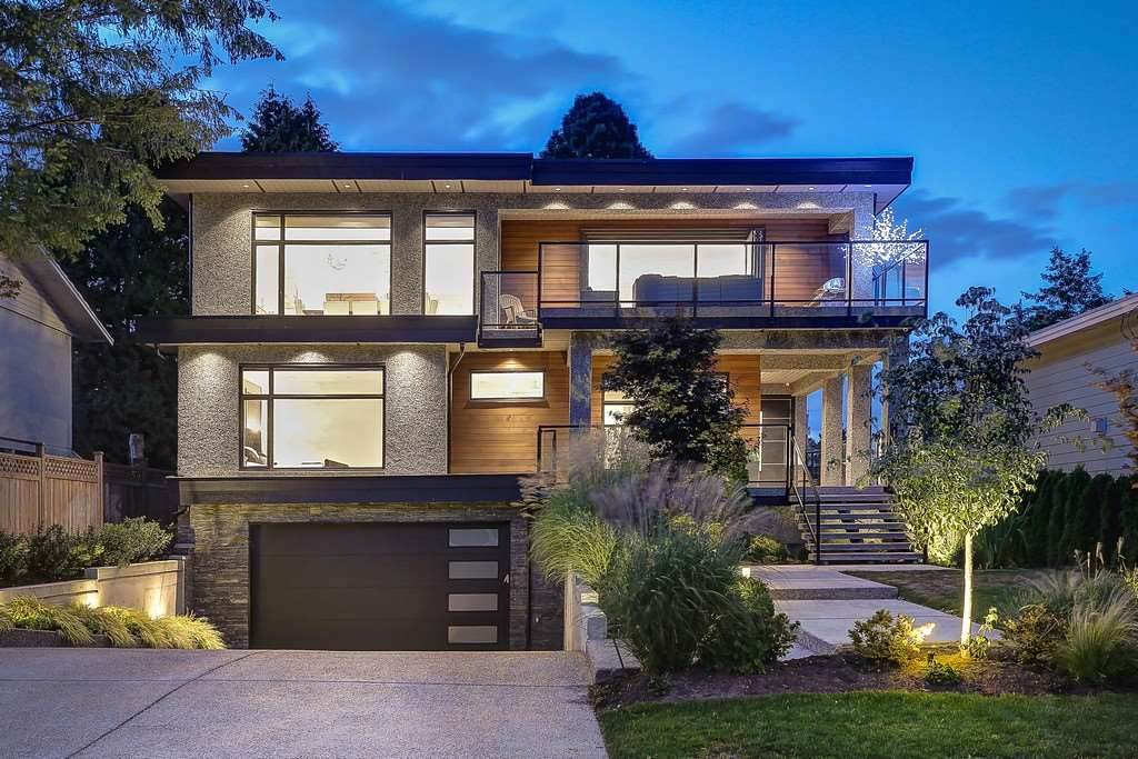 Detached at 15859 GOGGS AVENUE, South Surrey White Rock, British Columbia. Image 1