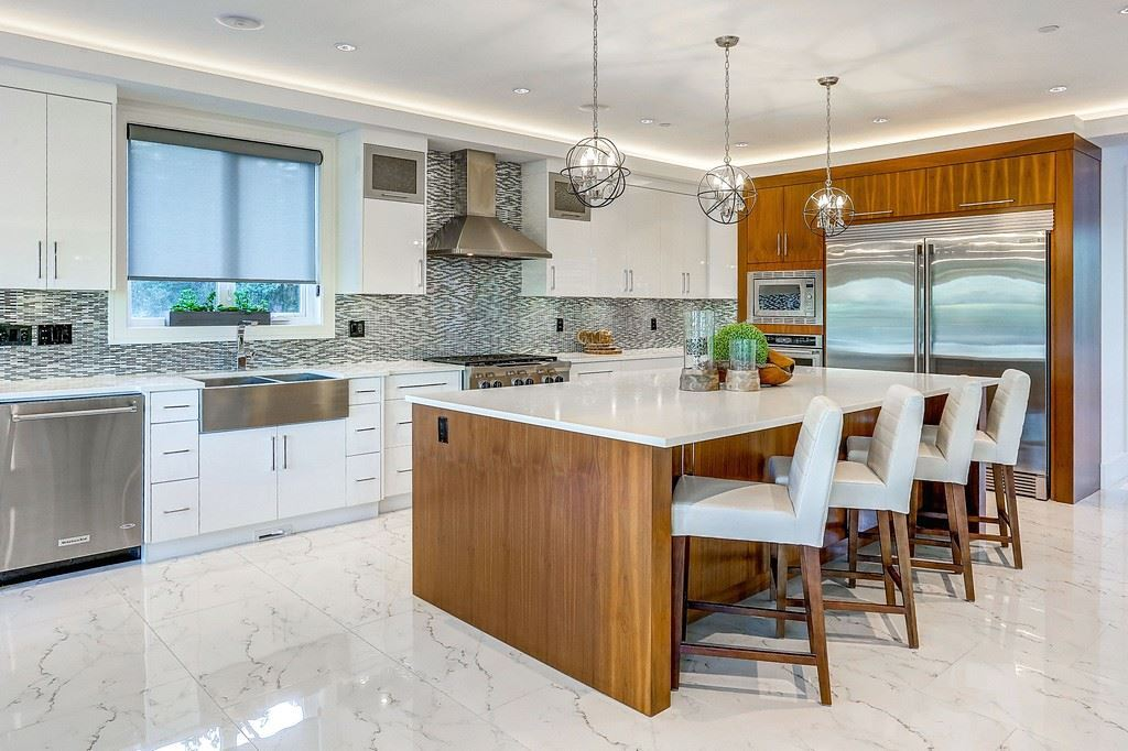 Detached at 15859 GOGGS AVENUE, South Surrey White Rock, British Columbia. Image 7