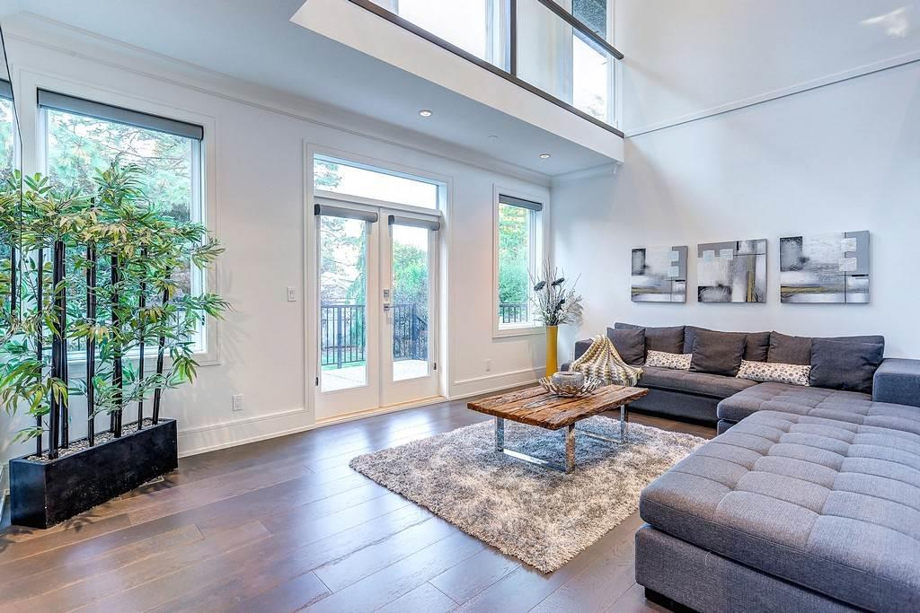 Detached at 15859 GOGGS AVENUE, South Surrey White Rock, British Columbia. Image 12