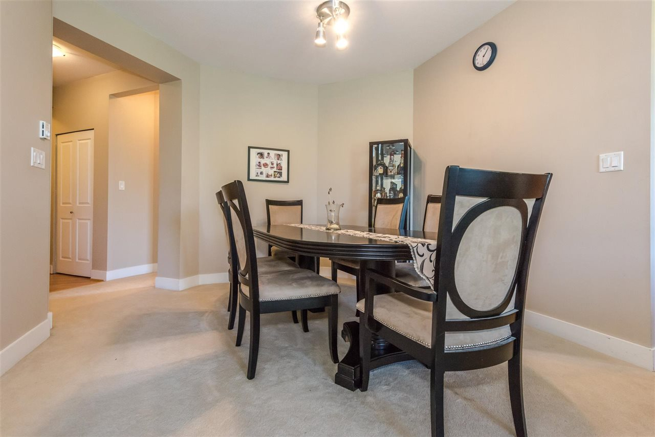 Condo Apartment at 301 2280 WESBROOK MALL, Unit 301, Vancouver West, British Columbia. Image 5