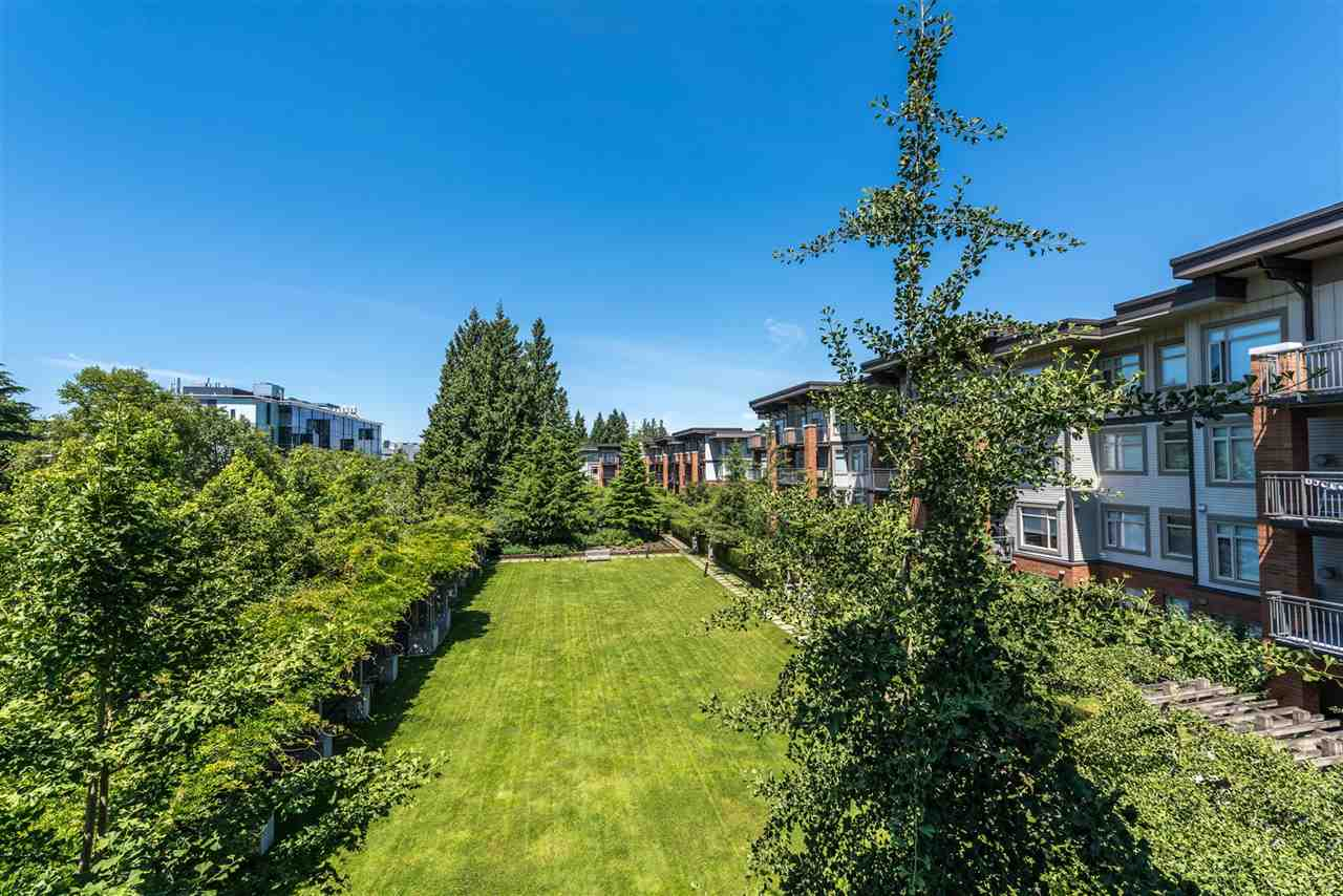 Condo Apartment at 301 2280 WESBROOK MALL, Unit 301, Vancouver West, British Columbia. Image 9