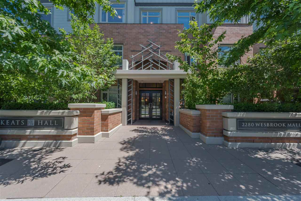 Condo Apartment at 301 2280 WESBROOK MALL, Unit 301, Vancouver West, British Columbia. Image 14