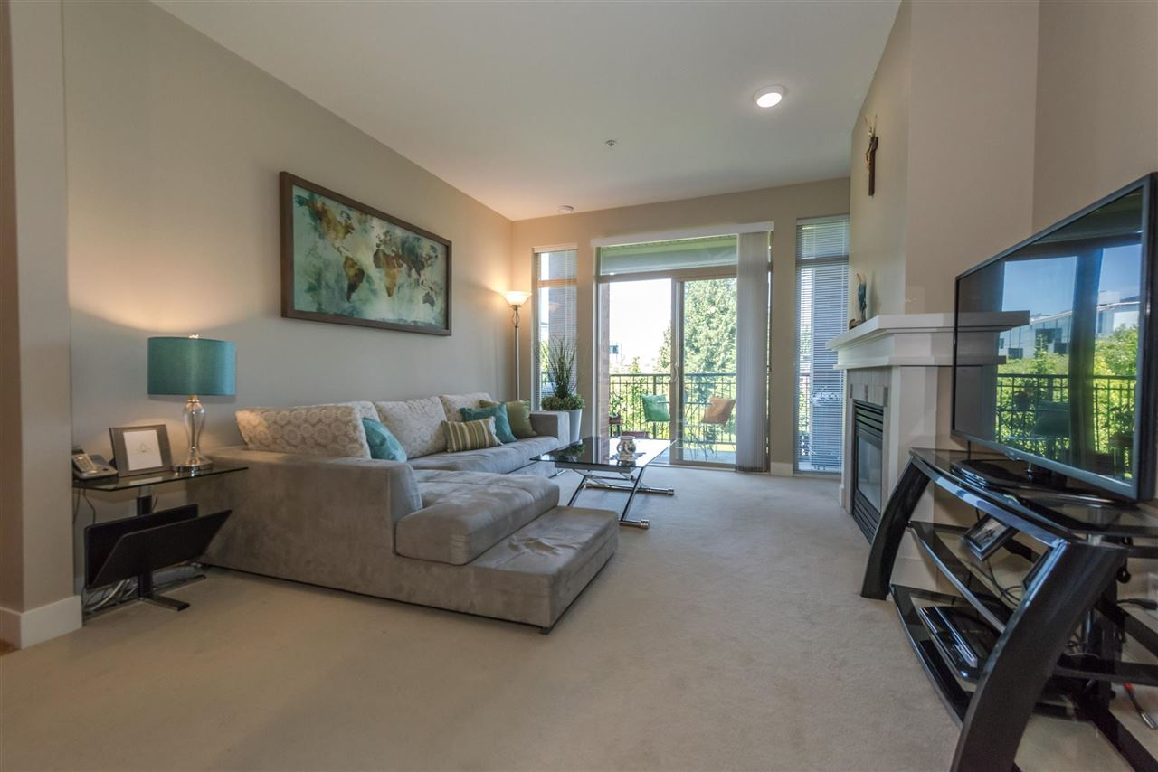 Condo Apartment at 301 2280 WESBROOK MALL, Unit 301, Vancouver West, British Columbia. Image 15