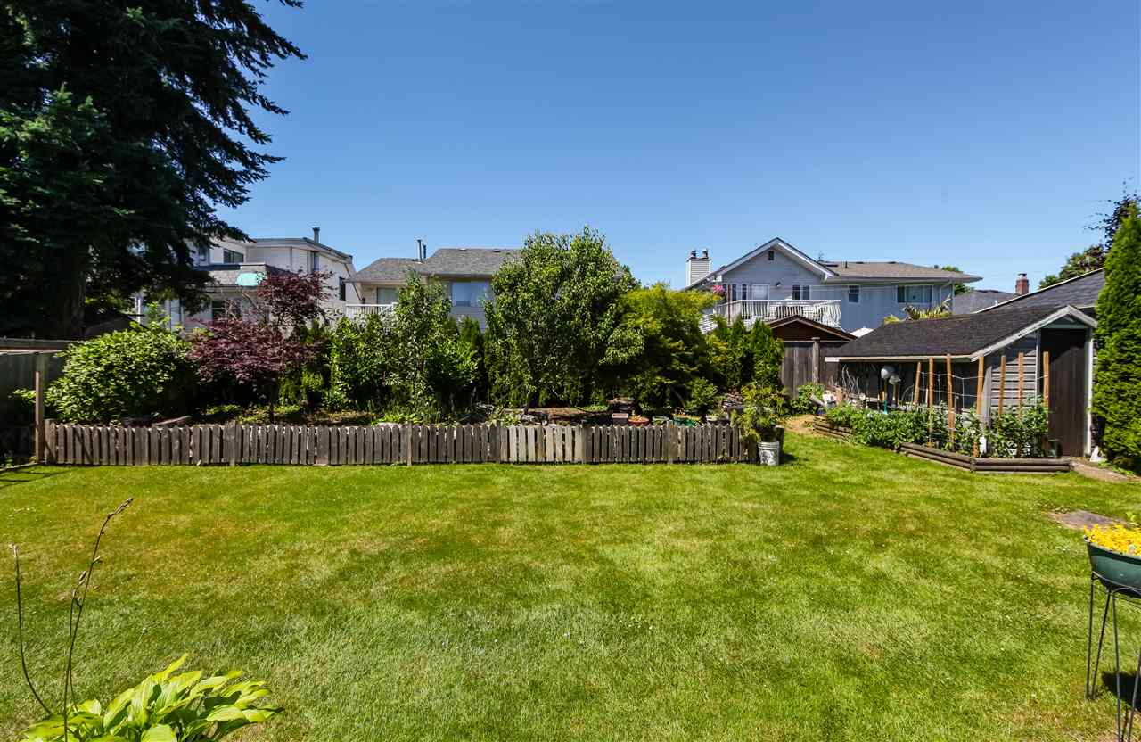 Detached at 7625 16TH AVENUE, Burnaby East, British Columbia. Image 20