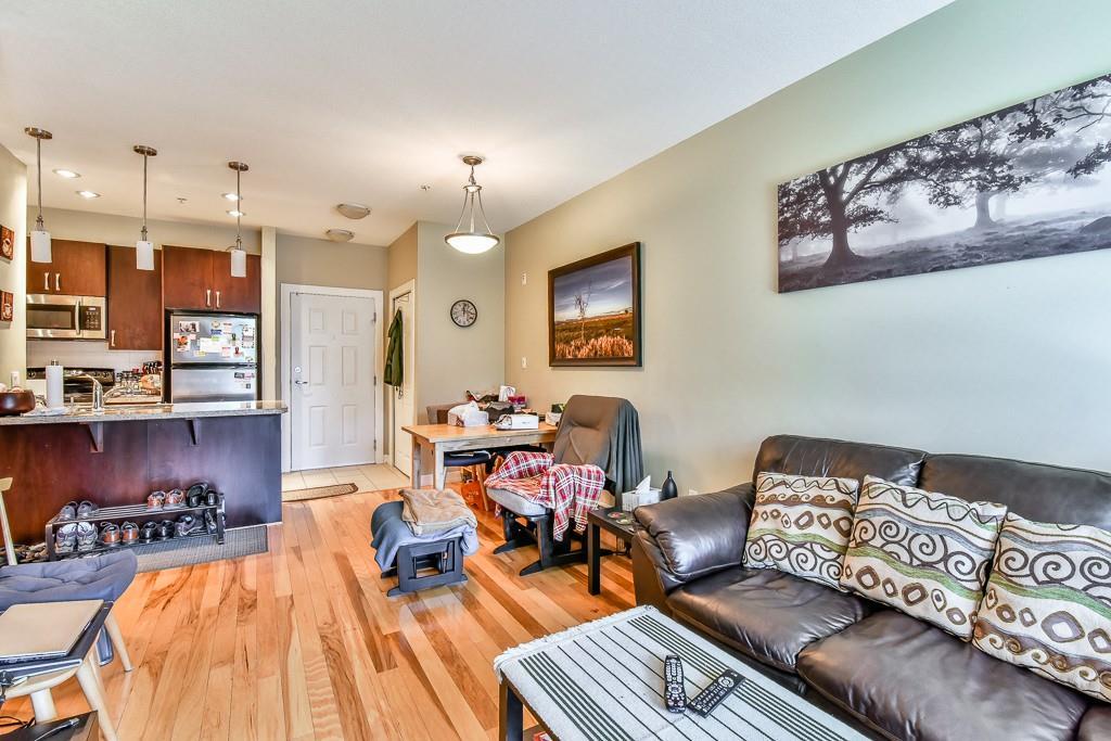 Condo Apartment at 308 10237 133 STREET, Unit 308, North Surrey, British Columbia. Image 6
