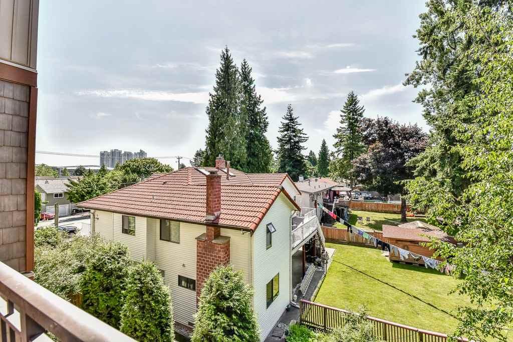 Condo Apartment at 308 10237 133 STREET, Unit 308, North Surrey, British Columbia. Image 17