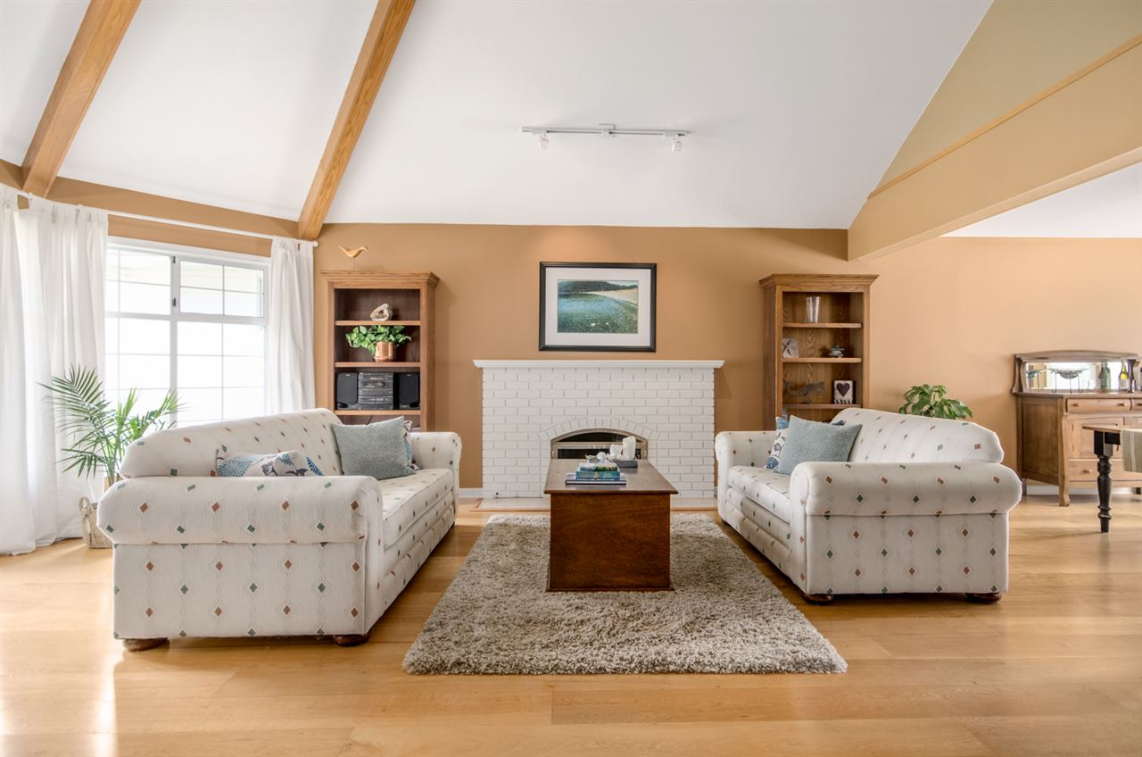 Detached at 12622 19A AVENUE, South Surrey White Rock, British Columbia. Image 3