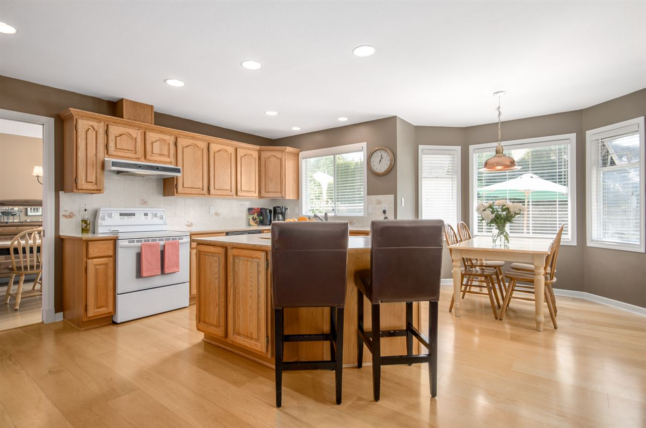 Detached at 12622 19A AVENUE, South Surrey White Rock, British Columbia. Image 7