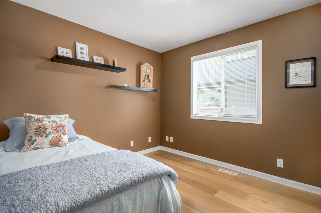 Detached at 12622 19A AVENUE, South Surrey White Rock, British Columbia. Image 11