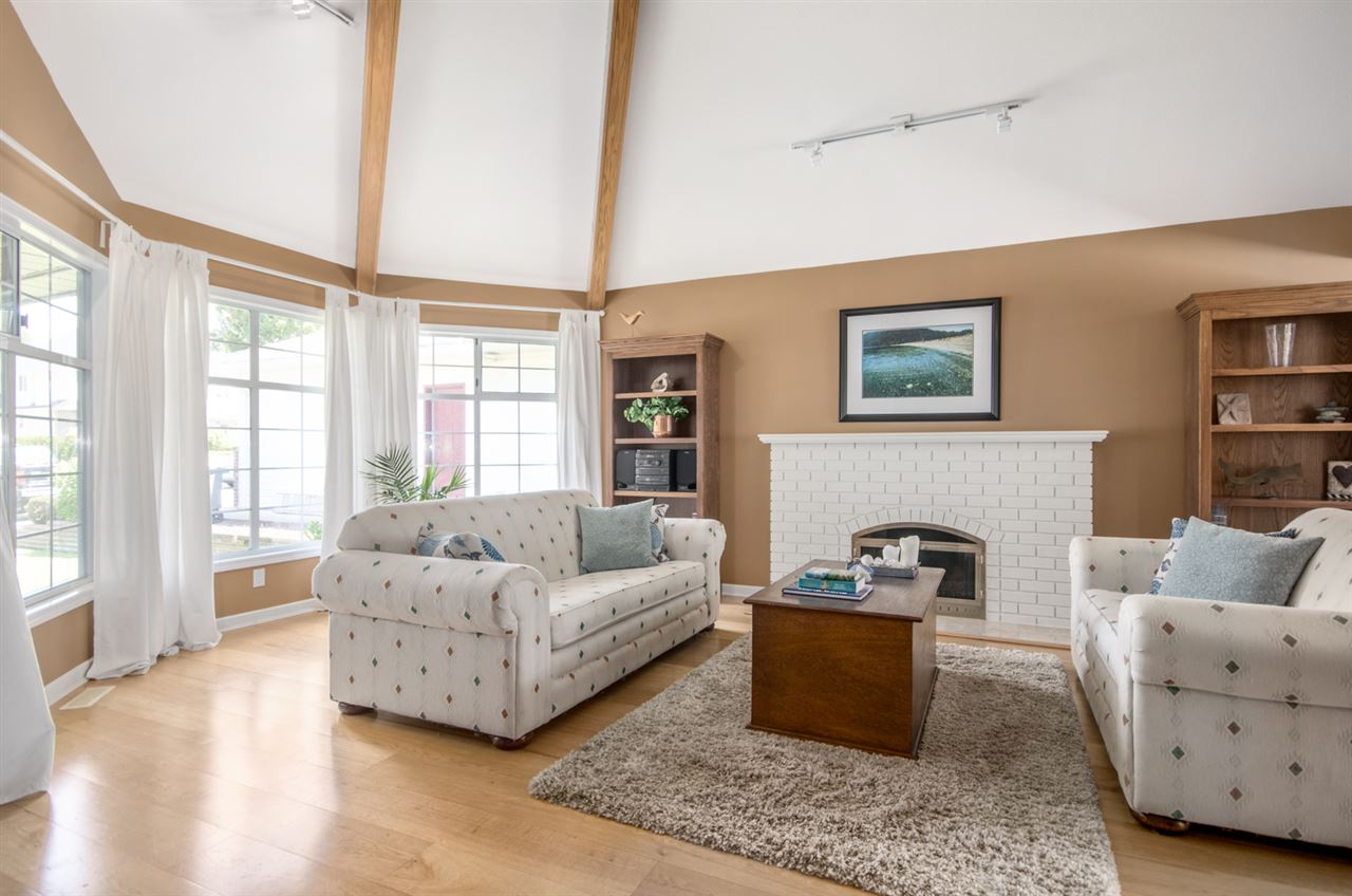 Detached at 12622 19A AVENUE, South Surrey White Rock, British Columbia. Image 18