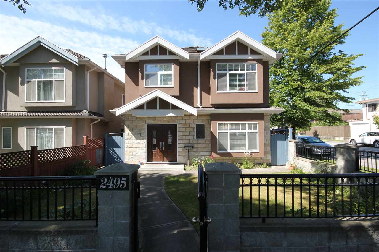 Detached at 2495 E 34TH AVENUE, Vancouver East, British Columbia. Image 2