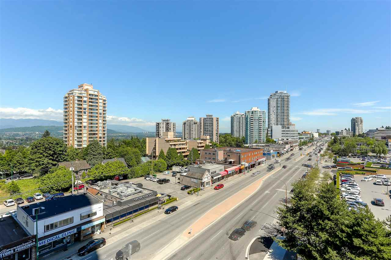 Condo Apartment at 707 4688 KINGSWAY, Unit 707, Burnaby South, British Columbia. Image 13