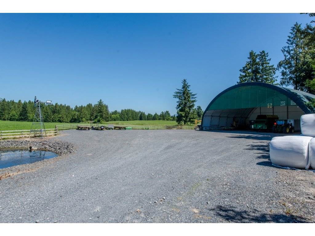 Detached at 29837 TOWNSHIPLINE ROAD, Abbotsford, British Columbia. Image 18