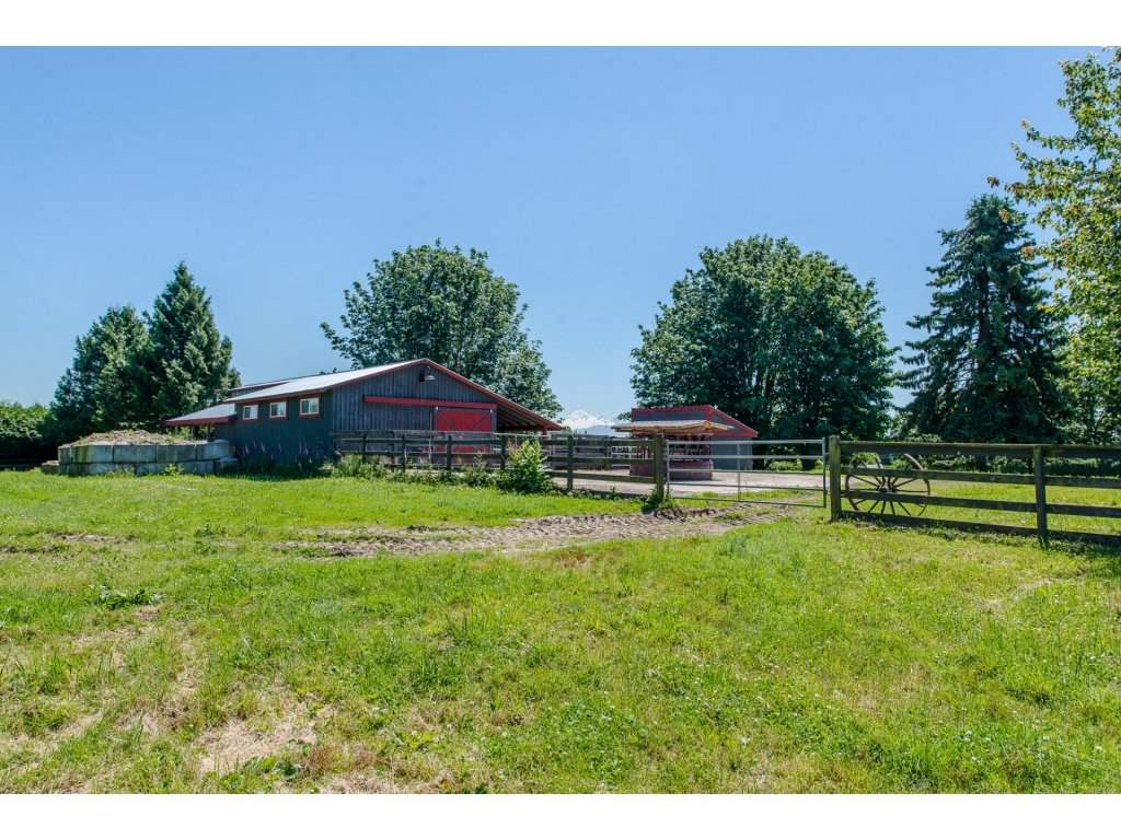 Detached at 29837 TOWNSHIPLINE ROAD, Abbotsford, British Columbia. Image 20
