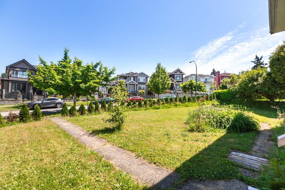 Detached at 3465 SEAFORTH DRIVE, Vancouver East, British Columbia. Image 3