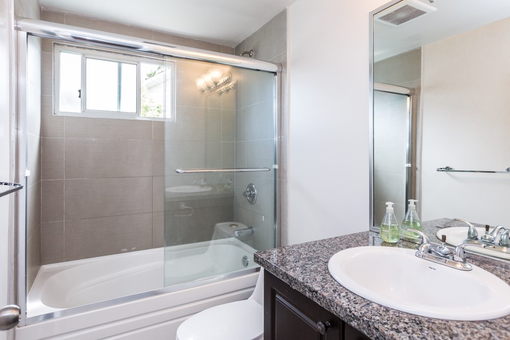 Detached at 3465 SEAFORTH DRIVE, Vancouver East, British Columbia. Image 12