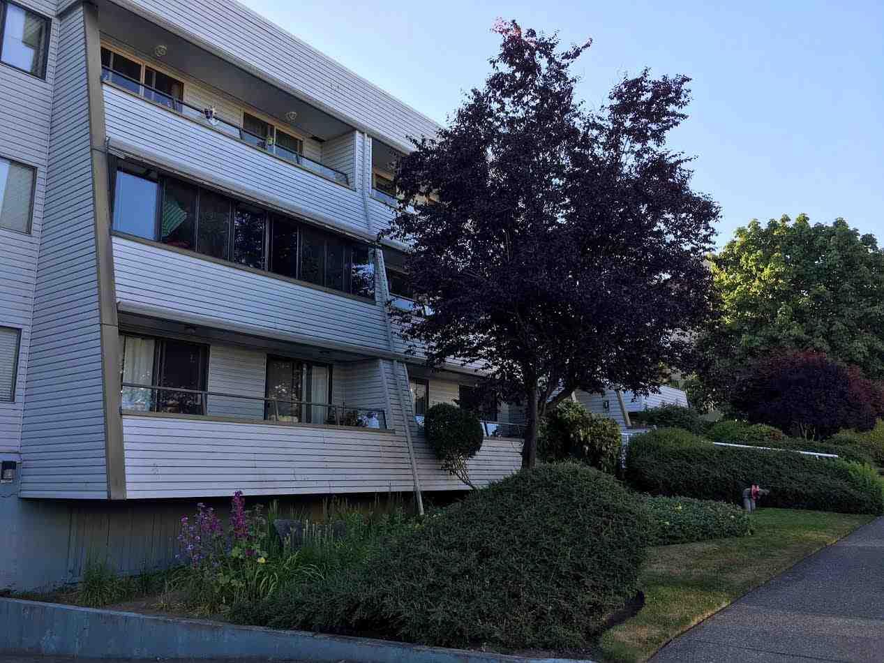 Condo Apartment at 103 1341 GEORGE STREET, Unit 103, South Surrey White Rock, British Columbia. Image 2