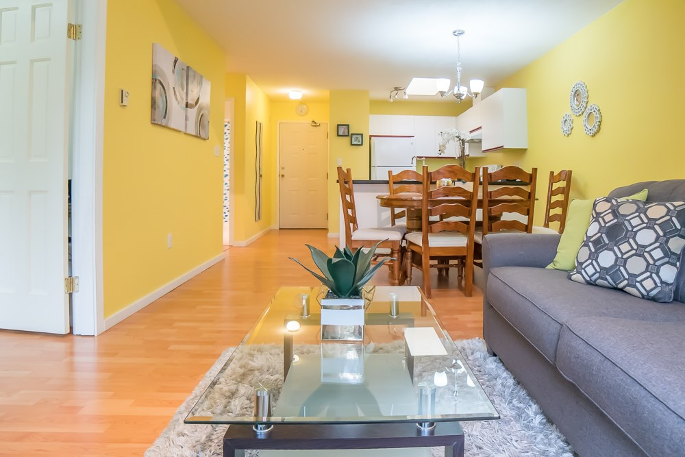 Condo Apartment at 304 5663 INMAN AVENUE, Unit 304, Burnaby South, British Columbia. Image 6