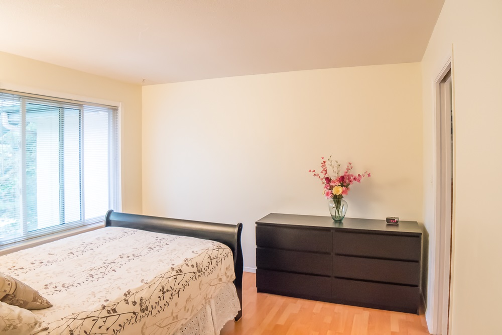 Condo Apartment at 304 5663 INMAN AVENUE, Unit 304, Burnaby South, British Columbia. Image 17