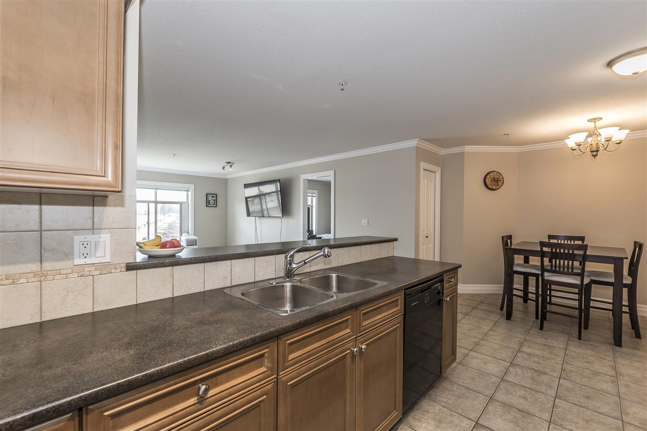 Condo Apartment at 307 45769 STEVENSON ROAD, Unit 307, Sardis, British Columbia. Image 5
