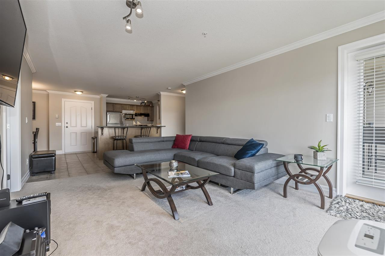 Condo Apartment at 307 45769 STEVENSON ROAD, Unit 307, Sardis, British Columbia. Image 8