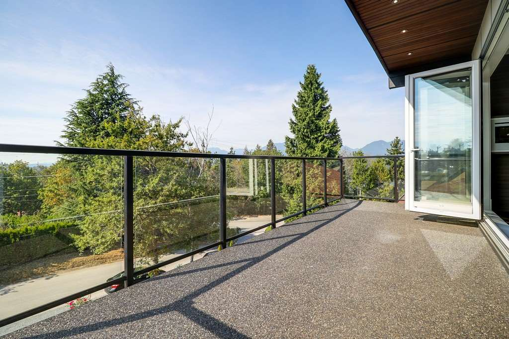 Detached at 296 N GAMMA AVENUE, Burnaby North, British Columbia. Image 12