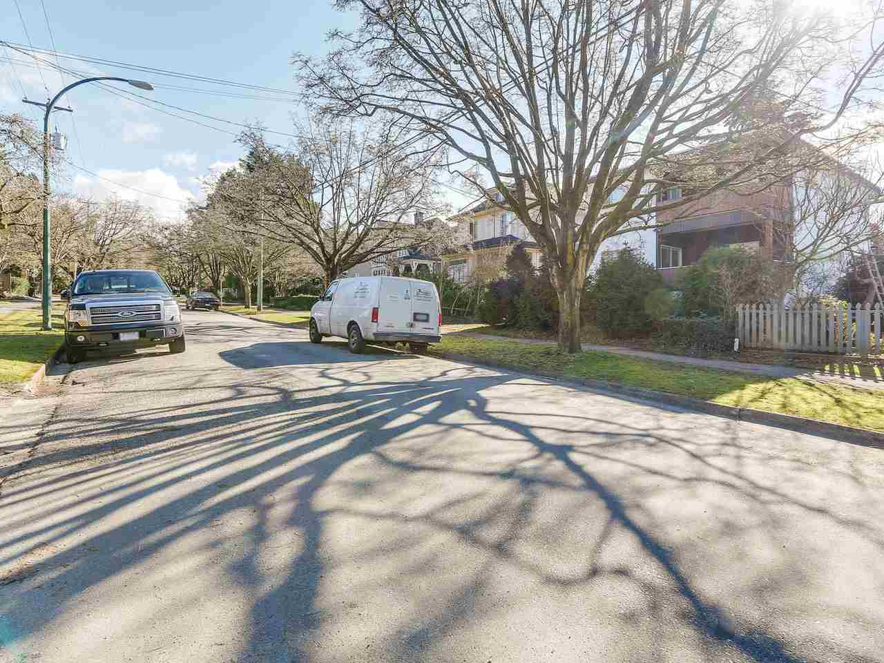 Detached at 2482 W 7TH AVENUE, Vancouver West, British Columbia. Image 12