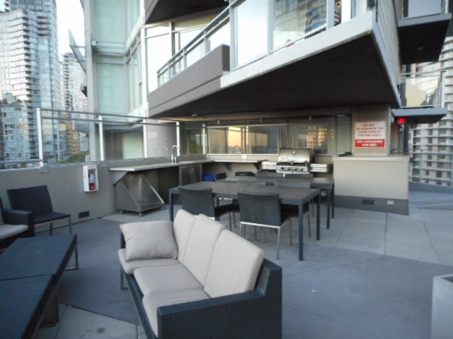 Condo Apartment at 3101 1372 SEYMOUR STREET, Unit 3101, Vancouver West, British Columbia. Image 13
