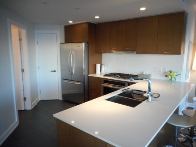 Condo Apartment at 3101 1372 SEYMOUR STREET, Unit 3101, Vancouver West, British Columbia. Image 16