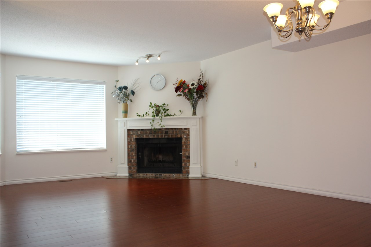 Townhouse at 5 8751 BENNETT ROAD, Unit 5, Richmond, British Columbia. Image 3