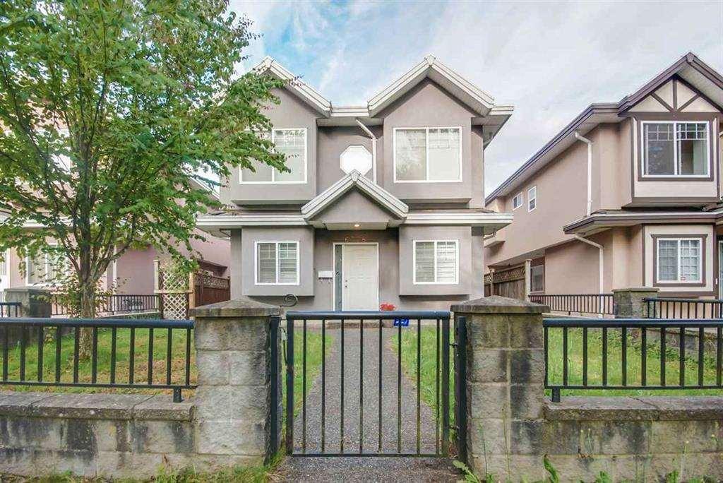 Half-duplex at 6376 BEATRICE STREET, Vancouver East, British Columbia. Image 6