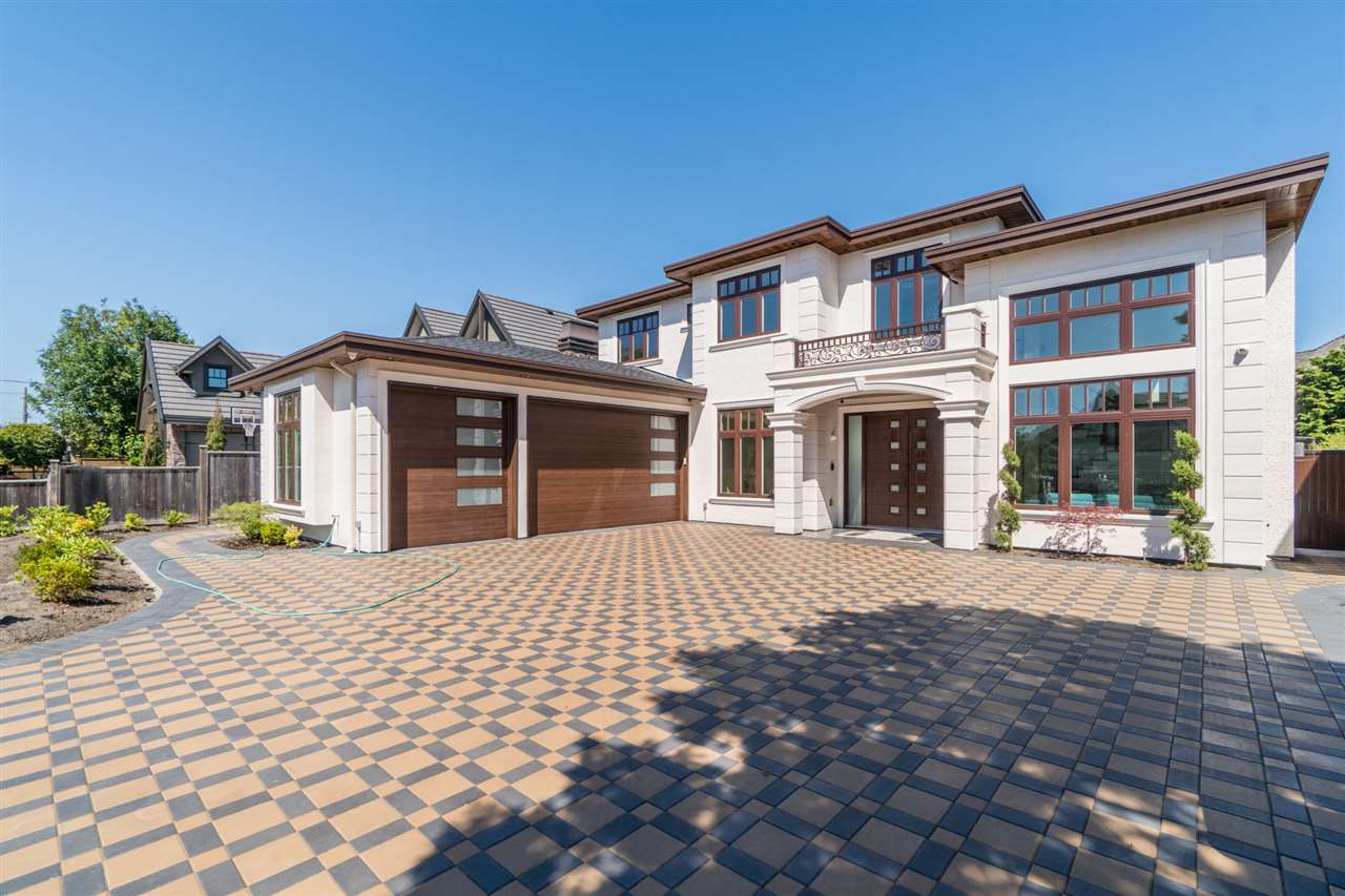 Detached at 8551 BAIRDMORE CRESCENT, Richmond, British Columbia. Image 1